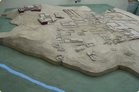 Reconstruction of the Archaeological Complex of Pachacamac. Image credit: http://www.limaeasy.com/