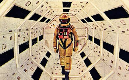 """Andrei Tarkovsky Calls Kubrick's 2001: A Space Odyssey a """"Phony"""" Film """"With Only Pretensions to Truth"""""""
