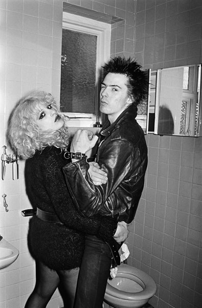Sex Pistols bassist Sid Vicious and his manager-girlfriend Nancy Spungen in 1978, the year he stabbed her to death in one of the hotel's most famous murders (there were a few . . .)., By Chalkie Davies/Getty Images.