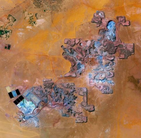 The Arlit uranium mine is located in Arlit, Niger. French nuclear power generation, as well as the French nuclear weapons programme, are both dependent on the uranium that is extracted from this mine in the former French colony – more than 3,400 tonnes per year.
